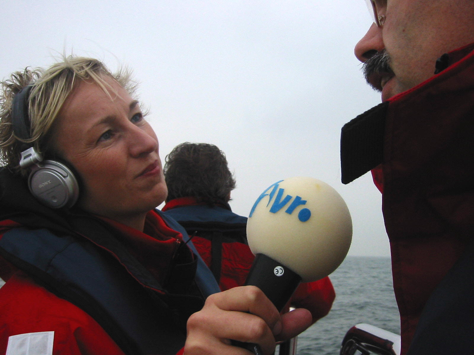 Interview about the first power delivery of the off shore windmill park in Egmond aan Zee, October 2006 (photo by Jos Wassink)